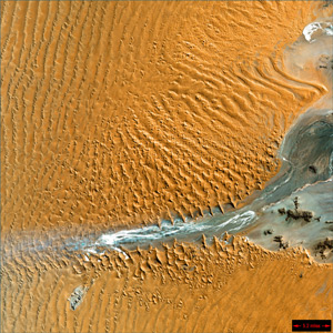 "image credit: U. S. Geological Survey; <a href=""http://earthasart.gsfc.nasa.gov/namib.html"" target=""_blank"">image source</a>"