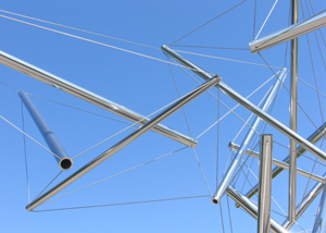 Kenneth Snelson image